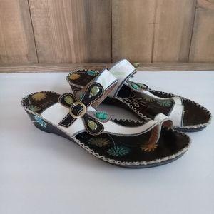L'Artiste Santorini Toe Ring Slide sandal Sz 39
